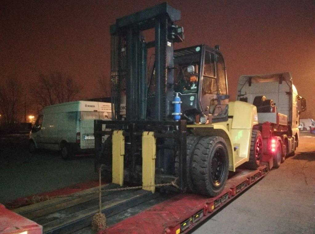 CATERPILLAR DP120N MITSU FD120 12T 12000 kg TE HUUR VERHUUR VERHURING HEFTRUCKS CLARCKS FORX PIET DEKONINCK            dumarent devako cebeko